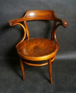 fotel do biurka Thonet